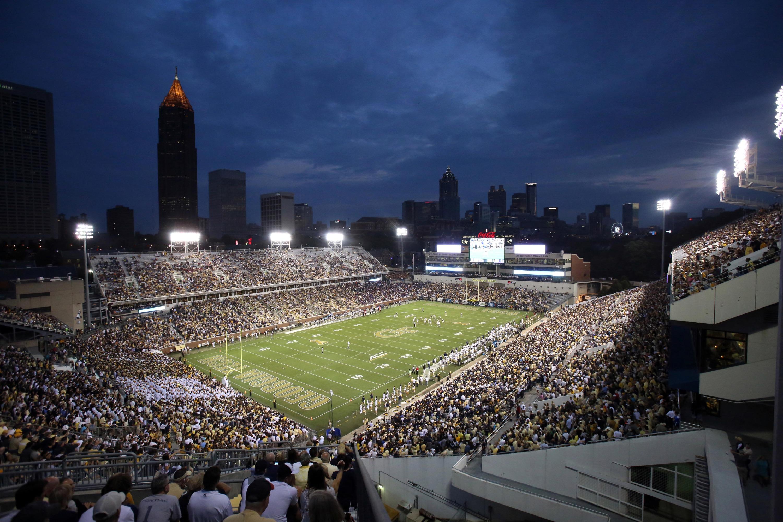 The sun sets over the Atlanta skyline at Bobby Dodd Stadium. Credit: Jason Getz-USA TODAY Sports