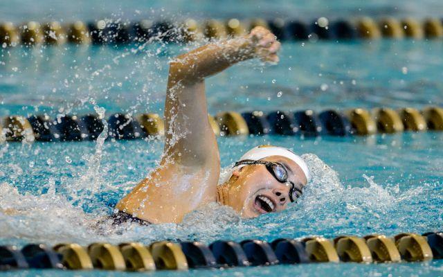 Swim-Dive Men Drop Heartbreaker; Women Split 1-1