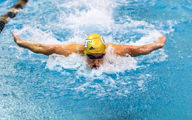 Swimming Wraps Up Week with Four B Finalists on Saturday