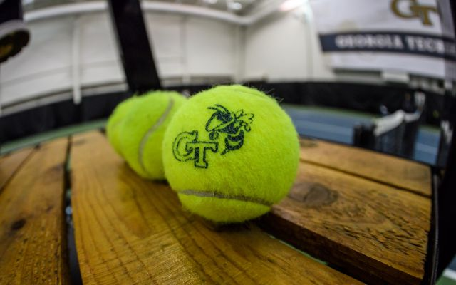 Men's Tennis Inks Andres Martin