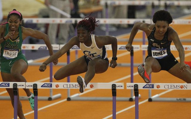 Moss Wins 60-Meter Hurdles at NCAA Indoor Championships