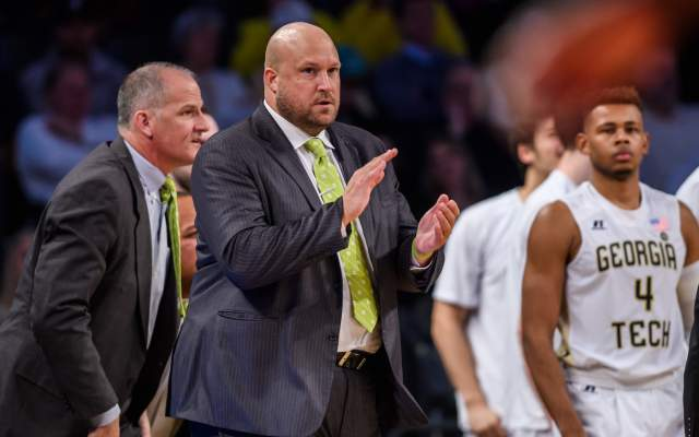 Swartz Named Basketball Assistant Coach
