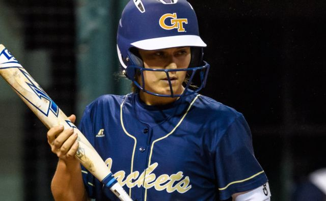 Three Transfers Join 2018-19 Softball Roster