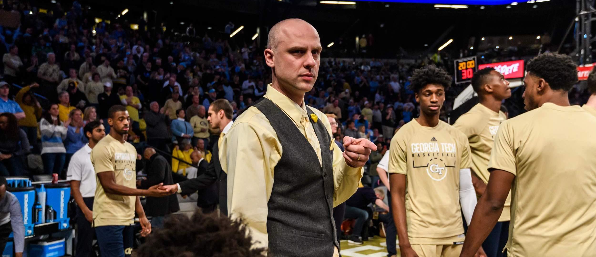 Dr Dan Taylor Men S Basketball Georgia Tech Yellow Jackets
