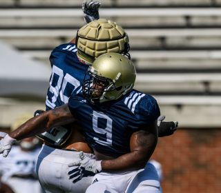 Video: Fall Camp Highlights - Aug. 17