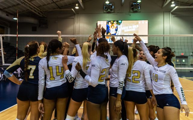 Photos: Volleyball Gold and White Scrimmage