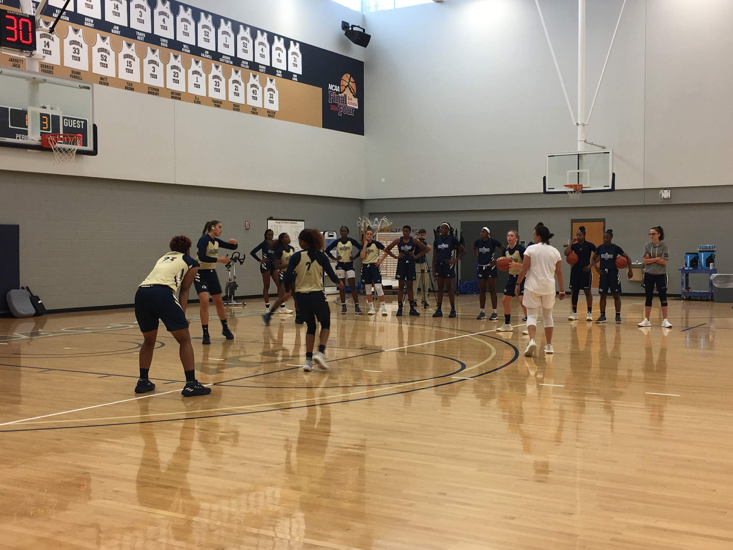 Womens Basketball Beings Practice Georgia Inside Flats Jazmine Black Ticket Packages Are Available For 65 Per Seat And 150 Courtside Seats Which Sold Out In 2017 18