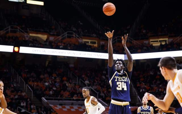 Yellow Jackets Fall, 75-67, at Clemson