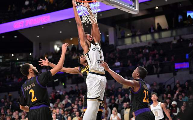 Jackets' Offense Struggles in 76-60 Loss to Northwestern