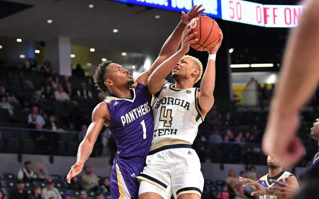 Yellow Jackets Storm Back To Beat Wolfpack, 74-65