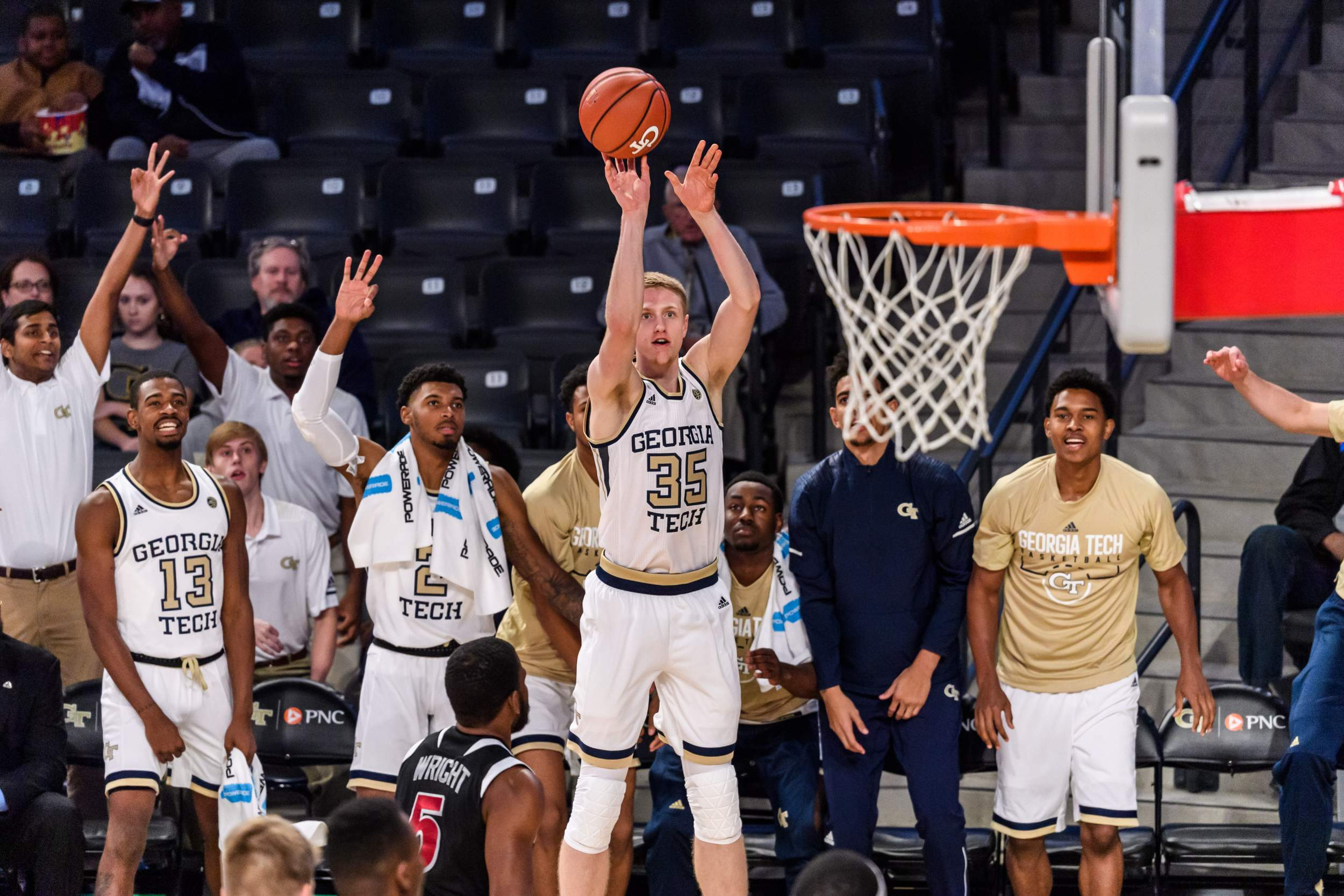 jackets rout florida tech in exhibition, 87-36 – men's basketball