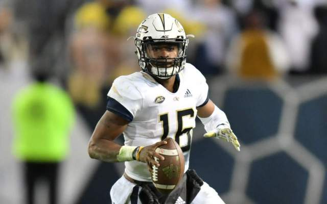 Yellow Jackets Rally Past Commodores, 56-31