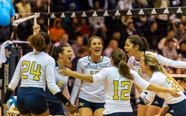 Volleyball Hosts Orange in Home Finale