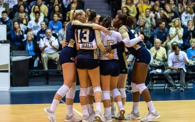 Volleyball's 2018 Season Comes to a Close