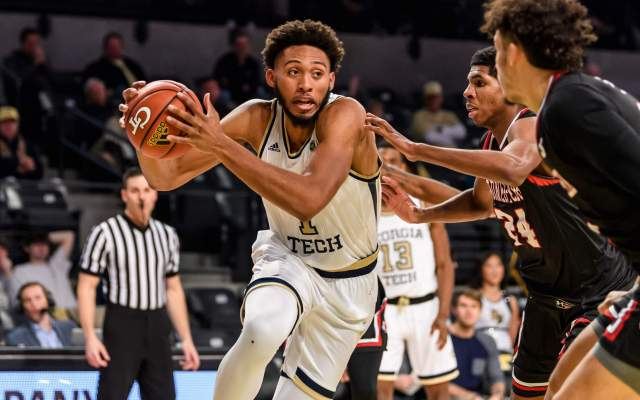 Minnesota 64, Georgia Tech 63