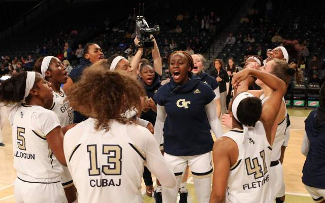 Yellow Jackets Fall to Florida State, 63-52