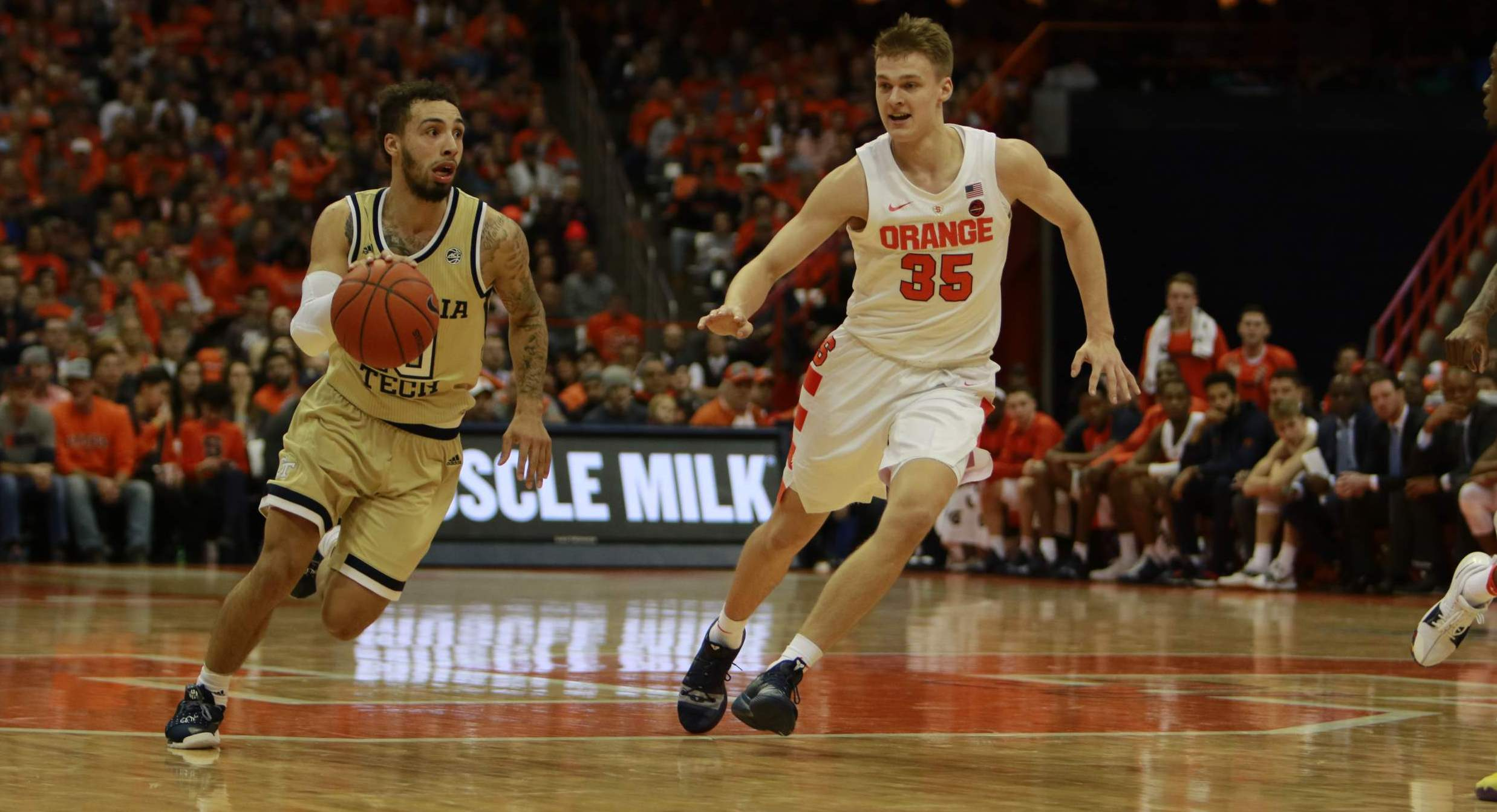 Jackets Upend Syracuse On The Road 73 59 Men S Basketball