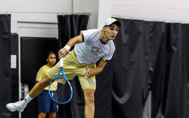 Benito Advances to Quarterfinals of Southern Intercollegiate Championships