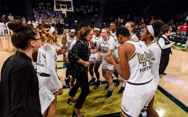 Jackets Fall to No. 2 Notre Dame, 76-55