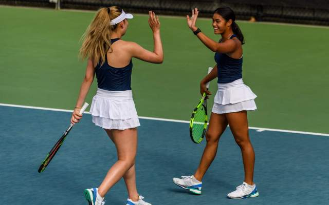 Ngo, Davis Named ITA Scholar Athletes