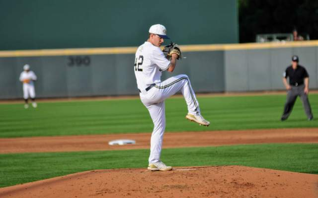 Thomas Pitches Tech to Division Title