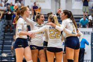 GT Volleyball vs. UNC – 10/1/11 – Dig For The Cure