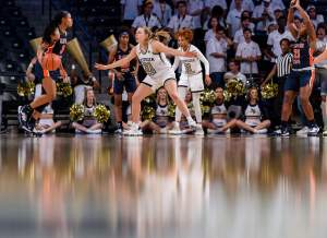 Photos: Women's Basketball vs. Pittsburgh