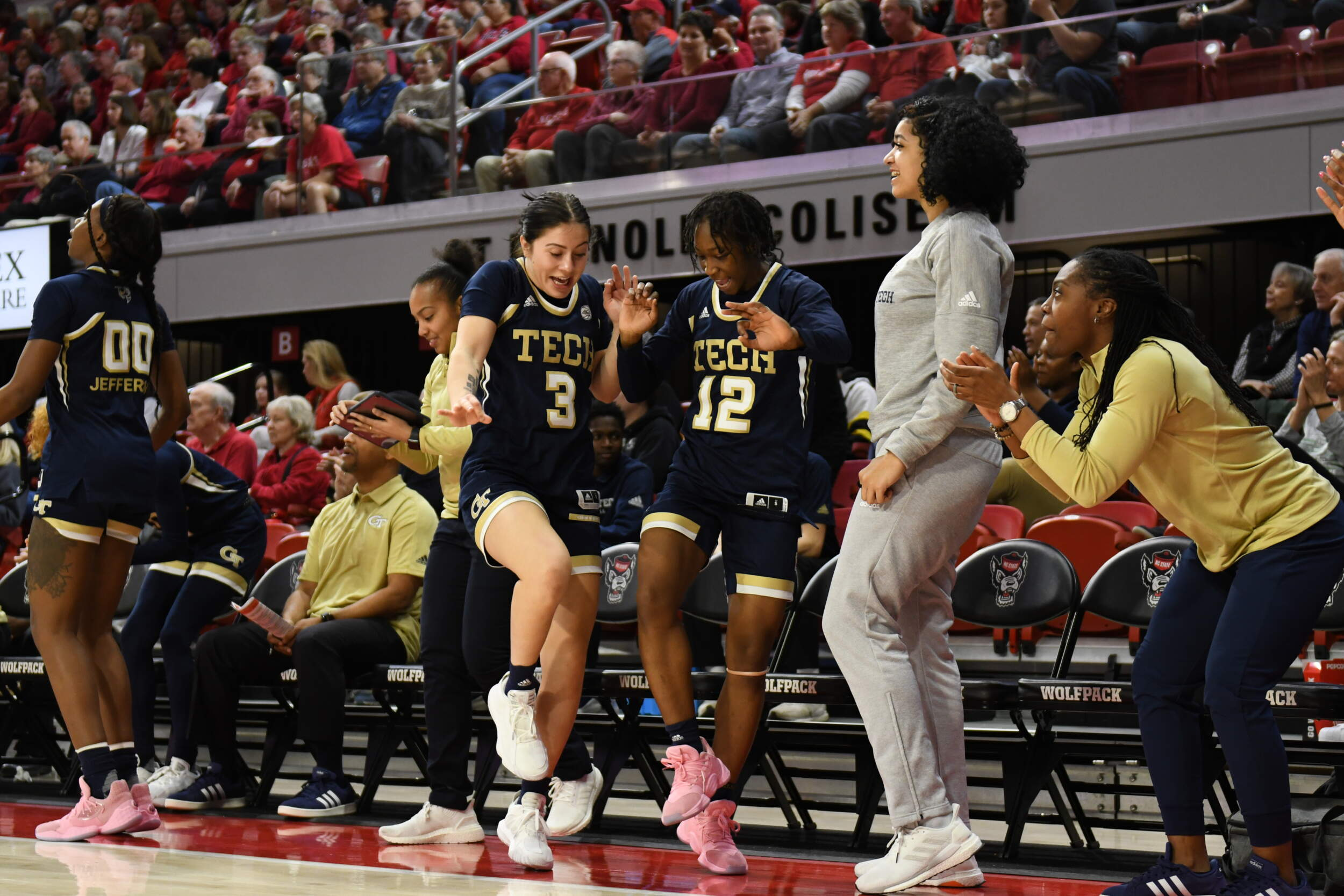 VIDEO: Women's Basketball Shocks No. 4 NC State