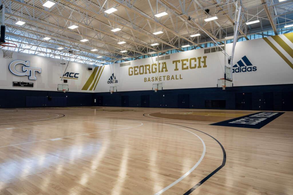 Zelnak Basketball Center