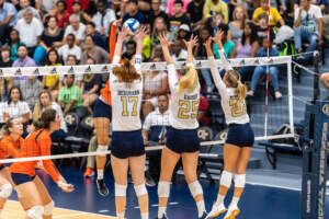 Photos: Volleyball vs. Long Beach State